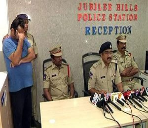 Hi-tech Sex Racket Busted in Jubilee Hills