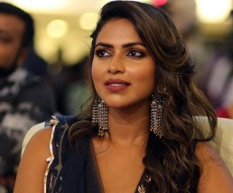 Amala Paul Surrenders Before Police And..