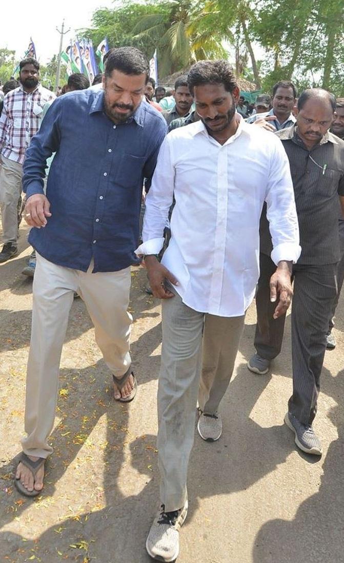Why Posani Raja joined YS Jagans Padayatra?